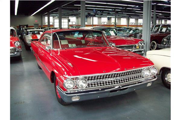 Ford Galaxie Starliner 1961